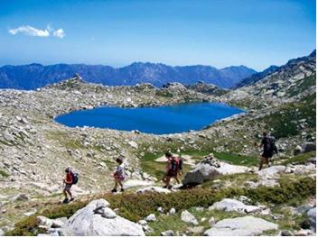 Stages ou Séjours multi – activités en Corse