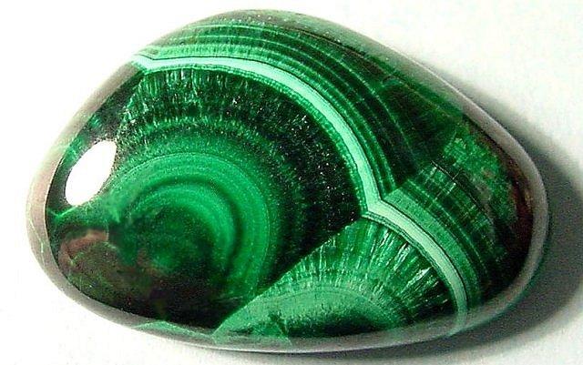 malachite-pierre-cristaux