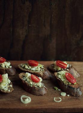 Recette végétarienne: Bruschettas au paneer épicé