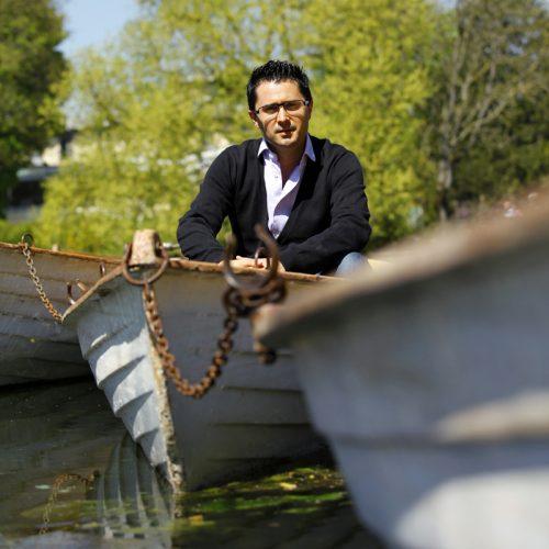 Portrait de Julien Peron – Fondateur et dirigeant de Neo-bienêtre et Neorizons