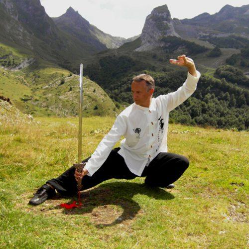 Développement personnel: Harmonie du mouvement et du souffle avec le Qi gong
