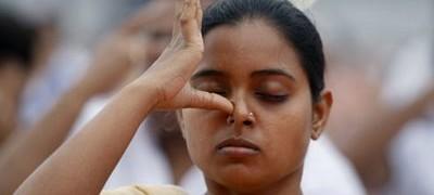 Yoga Les Joies De La Respiration Alternee Neo Bien Etre