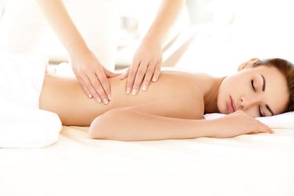 Huiles essentielles en massages