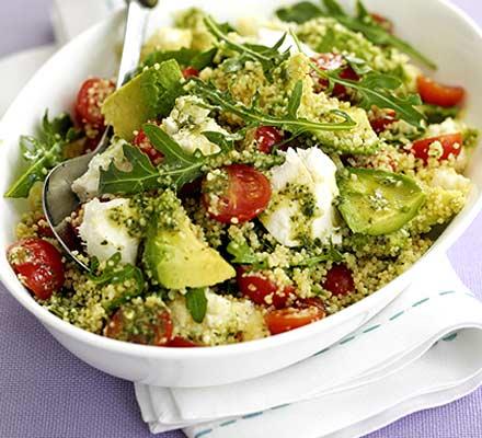 Recette végétarienne-Salade de couscous à l'avocat et aux tomates cerises