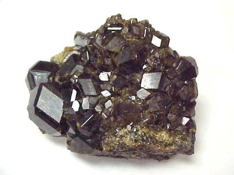 Minéraux-Andradite