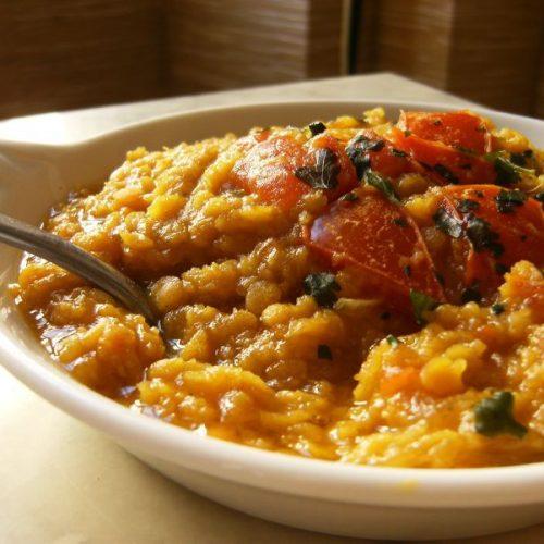 Recette végétarienne-Dhal aux épinards et aux tomates cerises