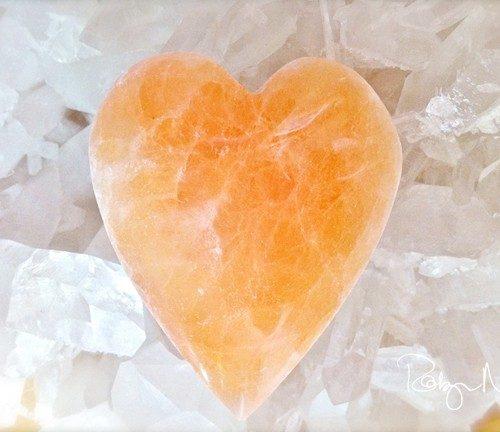 Minéraux-Sélénite orange