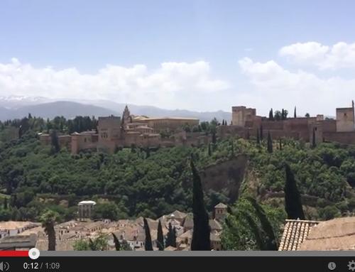 Méditation monde à l'Alhambra-Espagne