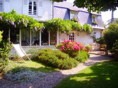Chambres d'hôtes et gîte en développement personnel-La Demeure de Litteville
