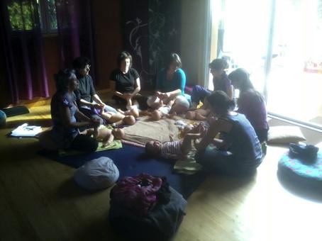 Formation certifiante massage bébé
