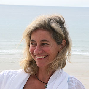 Enseignement en Qi Gong et accompagnement individuel-Ariane Canler