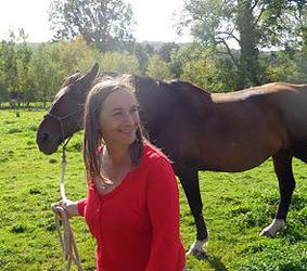 Développement personnel facilité par les chevaux en Normandie-Sophie Marty-Elissagaray