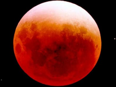 L'éclipse lunaire du 4 avril 2015