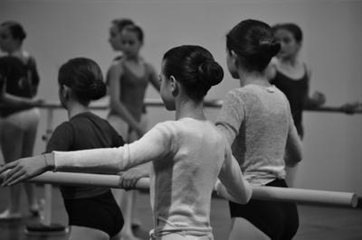 Apprendre la danse aux enfants, des bienfaits reconnus !