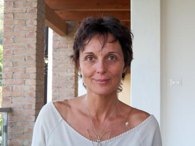 Claire Savenca, coach en création de vie Consultante en Feng Shui Intuitif en France et Italie