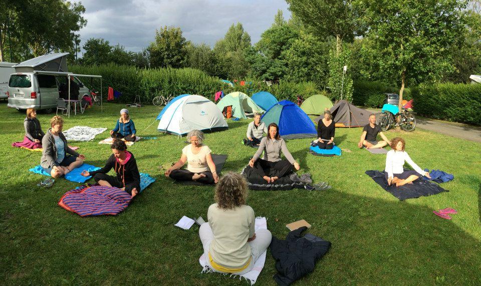 Les_chateaux_de_loire_velo_ yoga_et_ meditation6