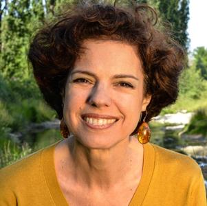 Marie-Caroline Bertoldo, coaching, PNL, astrologie, analyse graphologique et soins reconnectifsⓇ à Perly