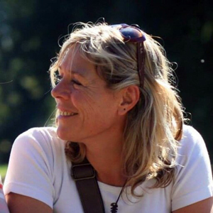 Corine Gesnouin, Coach Professionnelle, Psycho Praticienne (PNL et  Hypnose)  et formatrice à Montesquieu