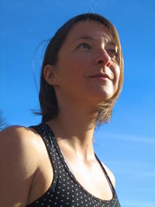 Charlotte Morin, professeure de yoga et pleine conscience à Poubeau, Midi-Pyrénnées