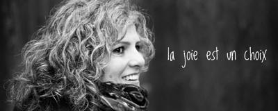 Joëlle Dey-Boada, coach en abondance et prof de Kundalini Yoga en Suisse, Vaud