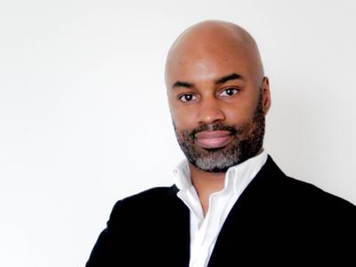 Steve Akué, hypnothérapeute, psychopraticien en thérapie systèmique à Lille