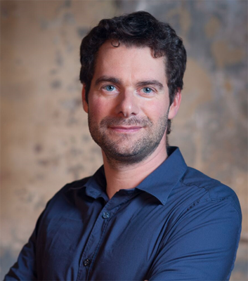 Sylvain Kolakowski, hypnothérapeute, praticien de Shiatsu à Paris