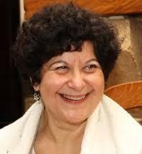 Helene Cournelle, coach de vie, sophrologue, lecture des mains et du tarot à Aix en Provence