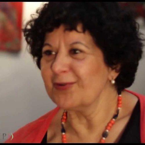 Helena Cournelle, coach de vie, sophrologue, lecture des mains et du tarot à Aix-en-Provence