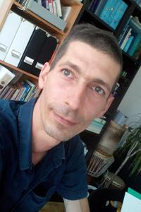 Pierre Roby, Praticien en Étiopsychologie®, Réflexologie, YinYoga