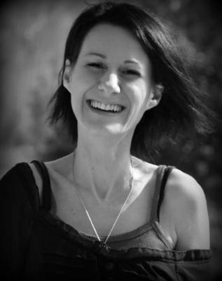 Céline Alvarez, thérapeute de l'âme, Psycho-énergéticienne, Coach en psychologie positive, Auteur et Formatrice