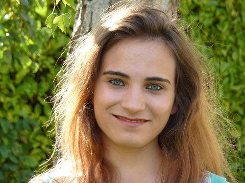 Marie Raad, hypnose, soins énergétiques, guidance et numérologie à Paris
