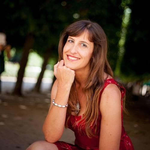 Yolande Anne HUMBERT, Thérapeute Psycho Énergéticienne et Facilitatrice de Vie.