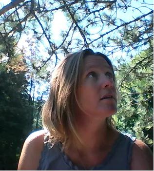 Julie Maury, Formation en ligne «Happy Maman» : Etre une maman dans la paix, la joie et l'amour. Guidances et Soins Energétiques.