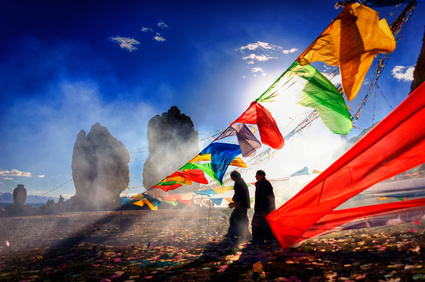 Faites le plein de vitalité grâce aux 5 rites tibétains