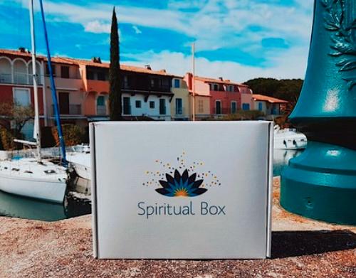 La Spiritual Box : Ta 1ère Box Bien-être et Spiritualité !