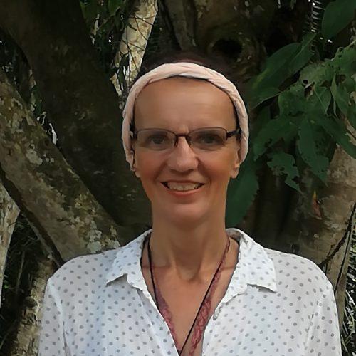 Valérie Flach, Accompagnements thérapeutiques au service de la construction d'un monde meilleur : une école de fraternité.