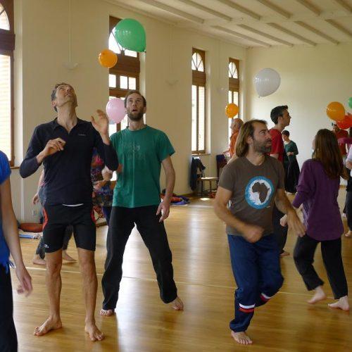 Association l'Arbre qui Danse – Activités: ATB Éveil de la conscience par le corps, permaculture