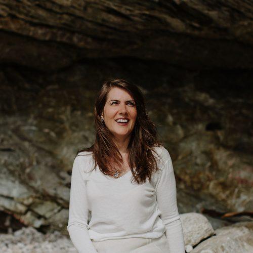 Celine de Lamberterie, Tisseuse de liens, j'organisatrice des expériences transformatrices au coeur d'une nature magnifique