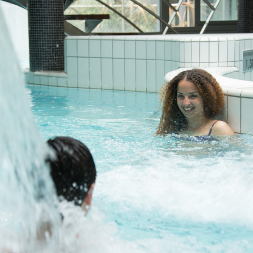 Neriades, Spa thermal avec eau riche en lithium,espace sensoriel (bassins animés, hammam, sauna, musique subaquatique, massages, soins esthétiques, balnéothérapie…) à Néris-les-Bains