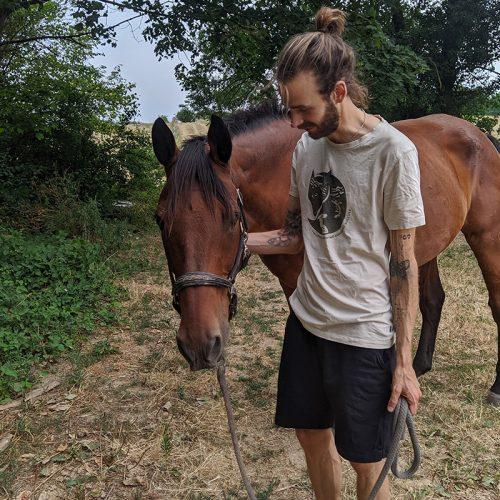 Alexandre Vasseur, communicateur animalier, magnétiseur énergéticien, libération émotionnelle, à Lyon, Rhône-Alpes