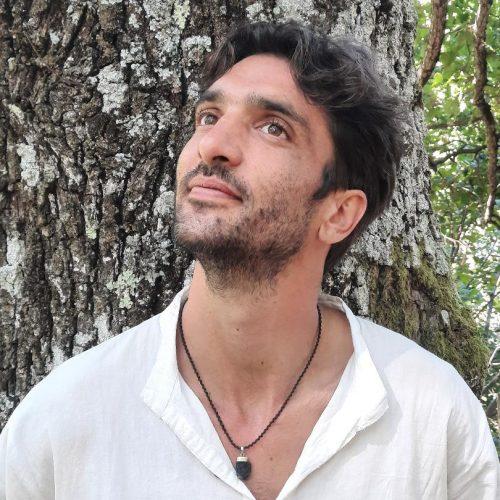 Damien Chauvy, thérapeute, bioénergéticien, médecine quantique et géobiologue