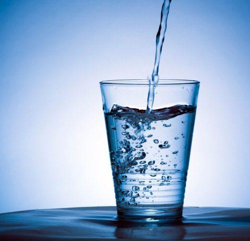 L'eau du robinet : amie ou ennemie ?