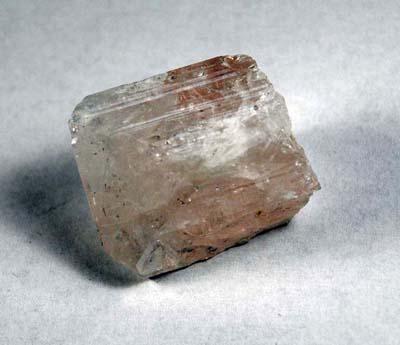 Bien-être par les pierres et cristaux: Danburite rose