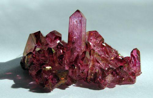 Le bien-être par les pierres et cristaux: Quartz aura rose