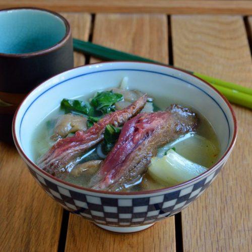 Recette végétarienne-Soupe asiatique au riz, aux oeufs et au pak choi