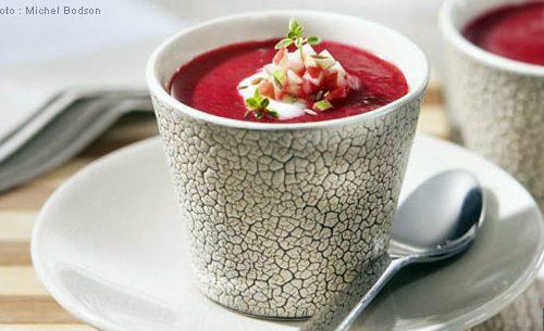 Recette végétarienne-Soupe aux betteraves et aux pommes