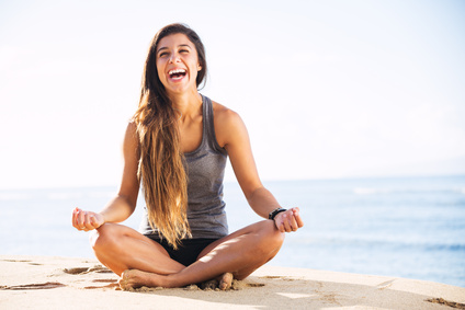 Atelier de yoga du rire à Surzur dans le morbihan