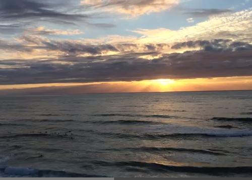 Méditation du monde sur la côte atlantique