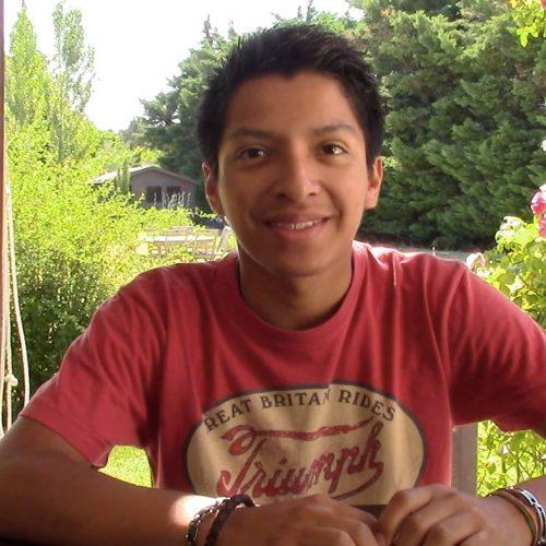 Jean-Baptiste, jeune étudiant de 18 ans nous parle du bonheur et de l'éducation scolaire