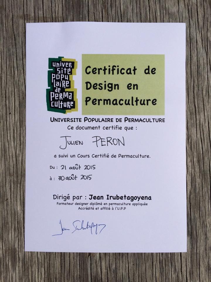 Julien_Peron_certifie_en_permaculture_pour_lecole_de_la_vie